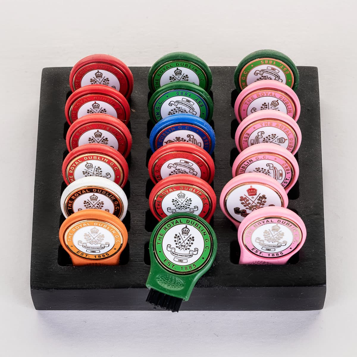 Groove brush with ball marker €8.95 or 2 for €15